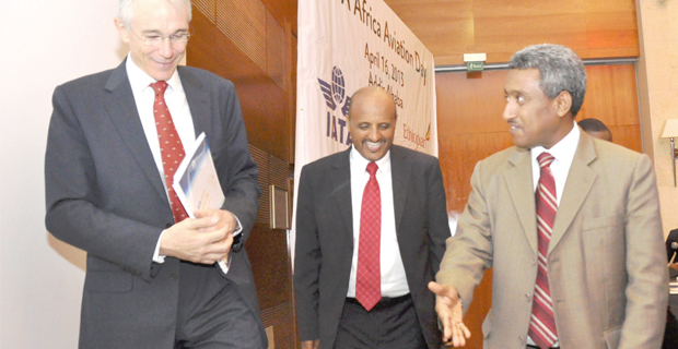 ony Tyler (left), CEO of International Air Transport Association (IATA), Tewolde Gebremariam (centre), CEO of Ethiopian Airlines and Getachew Mengistu (right), state minister for Transport (Photo: AddisFortune.com)
