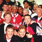 1994 Liverpool team with President Nelson Mandela (Photo: liverpoolfc.com)