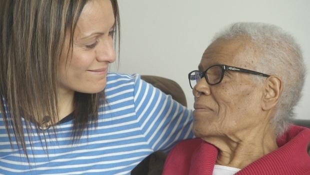 Angeliki Kourouclis and her mom Kelemua Esayase (Photo: CBC News)