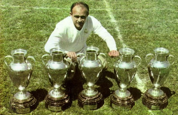 Alfredo Di Stefano: Real Madrid legend dies at the age of 88
