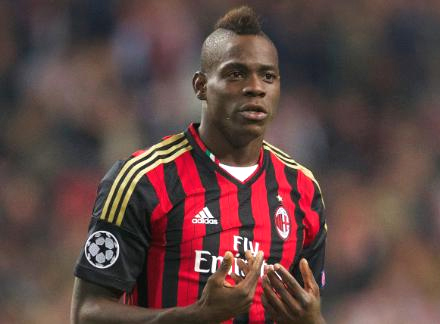Mario Balotelli completes £16 million transfer to Liverpool