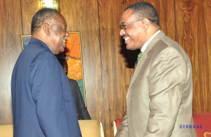 CAF President Issa hayatou (left) with Prime Minister Hailemariam Desalegn (Photo: ENA)