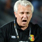 Veteran coach Kasperczak leaves Mali job