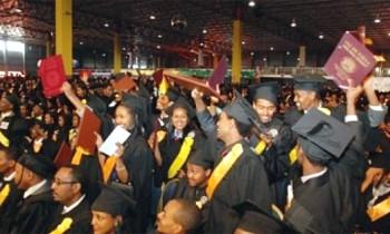Addis Ababa University Graduates 10,000 Students