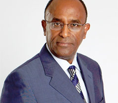 Professor Solomon Tesfaye honoured by top Diabetes UK award