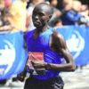 Wanjiru holds off Bekele to win in London