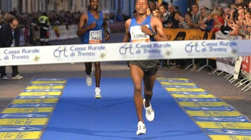 Muktar Edris Wins Third Giro Al Sas 10k Road Race